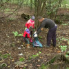 LESZY Bełchatów nie zwalniają tempa. Sprzątali w Kleszczowskich lasach…