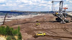 Kopalnia Bełchatów formuje linię brzegową przyszłych, najgłębszych polskich jezior