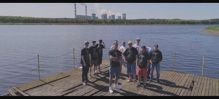 Bełchatów w hip-hopowym klipie promującym pomaganie