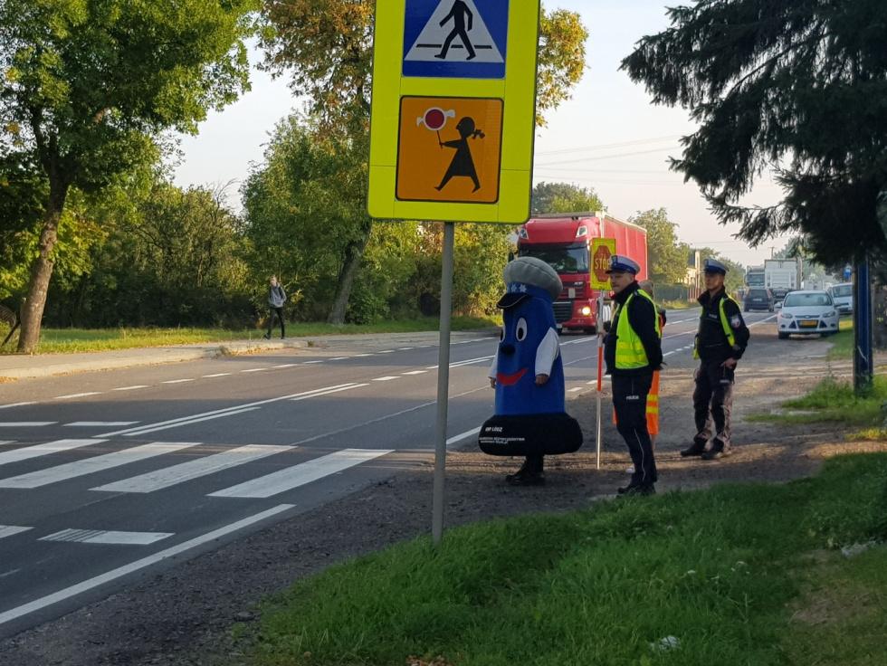 Bezpieczna droga do szkoły akcja Magistratu i Policji- (miasto Radomsko)