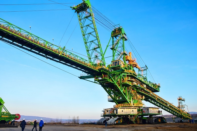Gigantyczna maszyna górnicza zbudowana przez bełchatowską spółkę