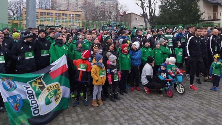 Gorące serca kibiców na ulicach Bełchatowa