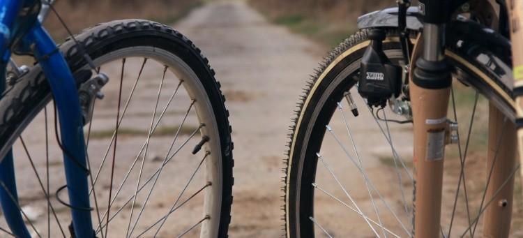 Groźne zderzenie rowerzystów