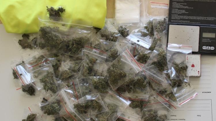 Handlowali narkotykami, teraz grozi im nawet 10 lat pozbawienia wolności