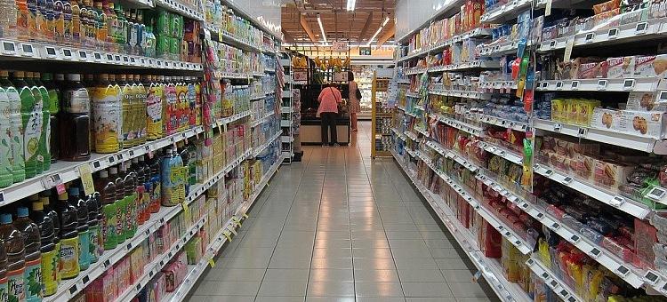 Kradzież i szarpanina w bełchatowskim markecie