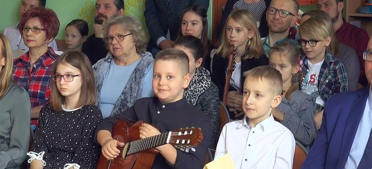 03062020_szkola_kurnos_konkurs_muzyczny.mp4