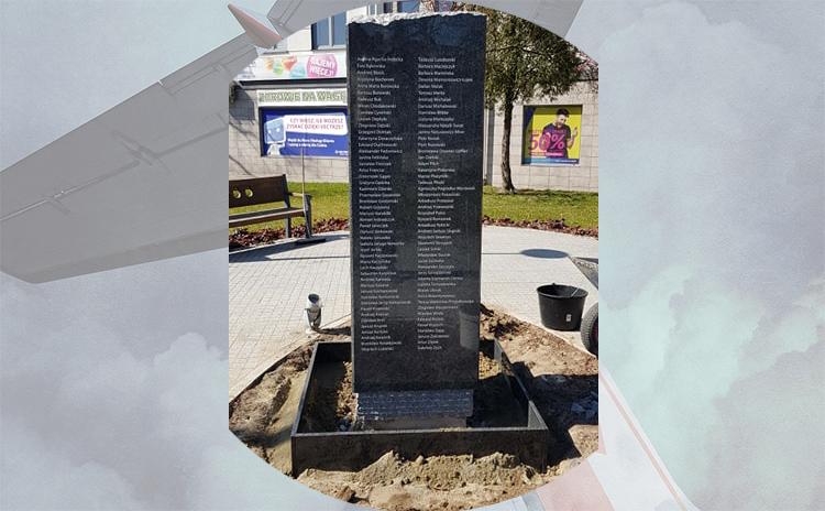 Pomnik Ofiar Tragedii Smoleńskiej stanął w Bełchatowie.