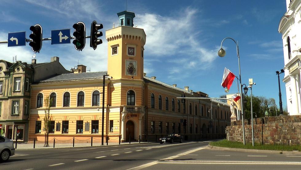 12052021-muzeum-radomsko-wystawa-nowak.mp4