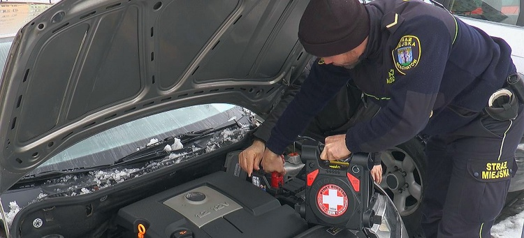 Samochód nie chce odpalić? Pomoże Straż Miejska