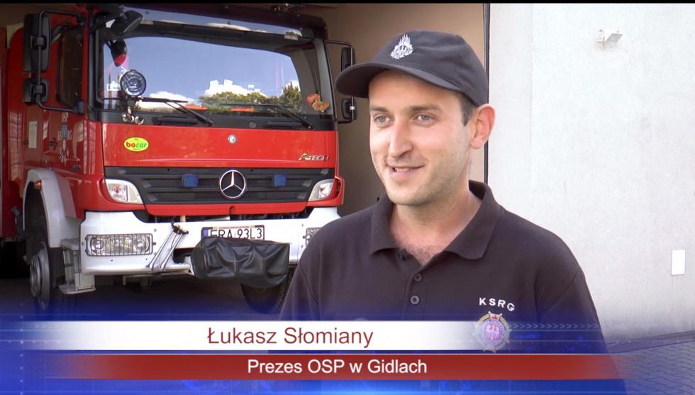 Spaliła się część dobytku. Strażacy z Gidel ruszyli z pomocą ! (powiat radomszczański)