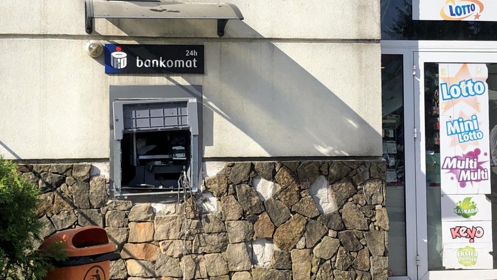 W Przedborzu sceny jak z filmu. Wysadzono bankomat!