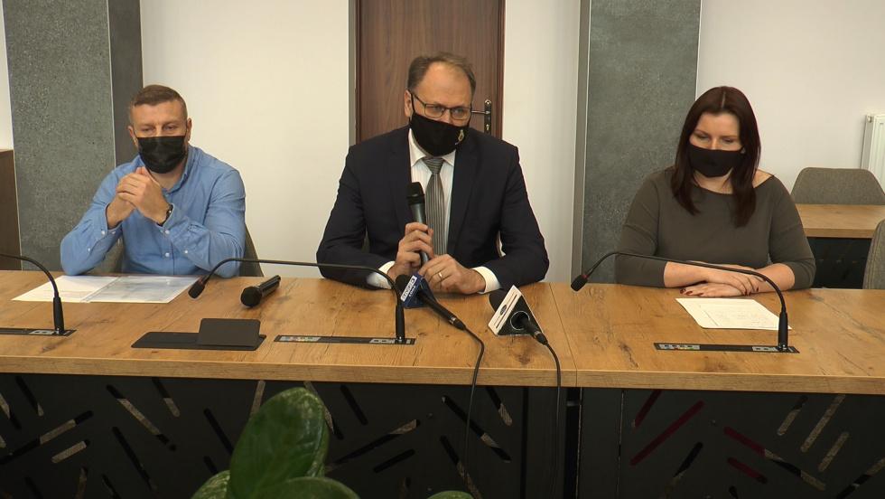 16032021-konferencja-stary-basen-radomsko-ferenc-andrysiak.mp4